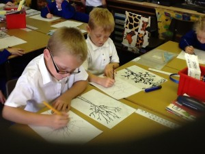 Y2 Drawing lesson TREES 002