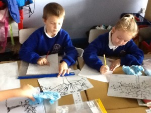 Y2 Drawing lesson TREES 004